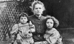 curie-stem-daughters